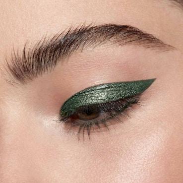 Shimmer & Glow Liquid Eye Shadow - Vivid Jade